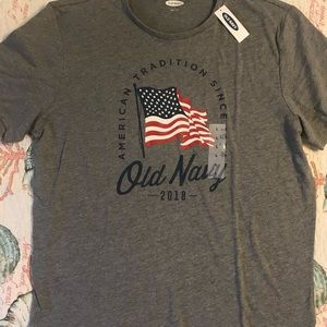 Old navy flag tee